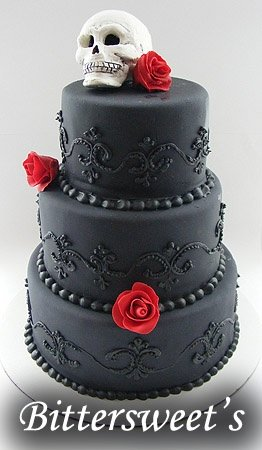 262xNxbittersweets-black-wedding-cake.jpg.pagespeed.ic.sV850N-5FL