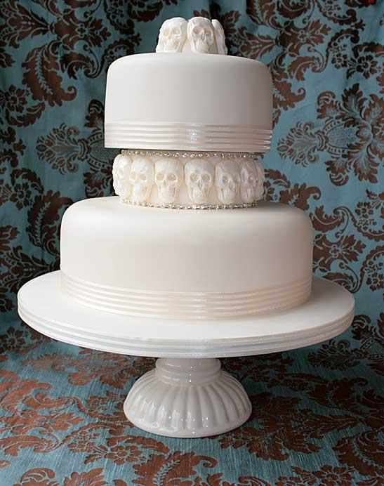 Wedding-Cake-Skulls