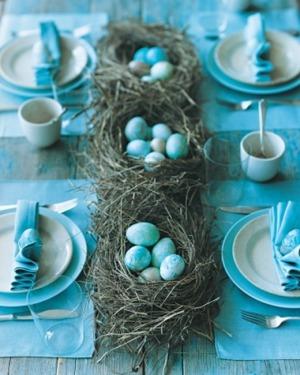 blue-eggs-table-decor-martha-stewart_thumb