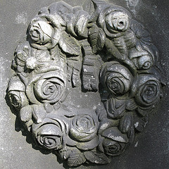 grave wreath 1
