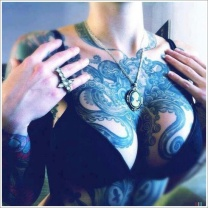 octopus-tattoo-womens-chest