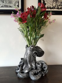 octo vase